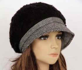 Slouchy Woman Hat Cl..