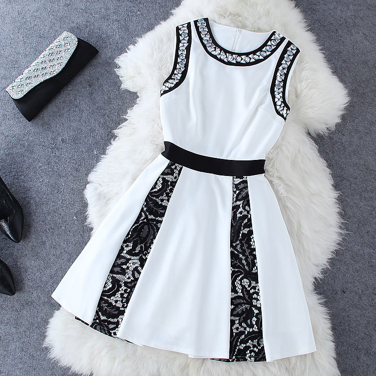Embroidered Drill Lace Splicing Dress