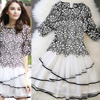 Fashion hollow dress